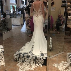 *NEW* Maggie Sottero Alaina wedding dress/8mc734